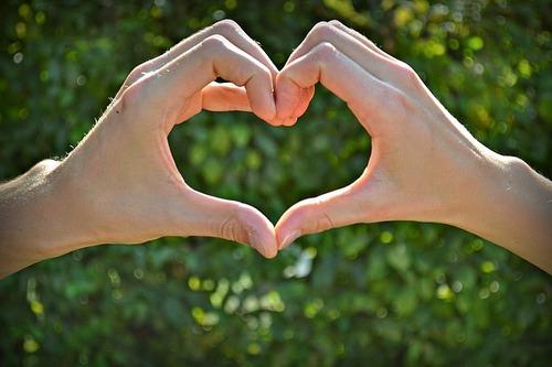 love-1075476_640