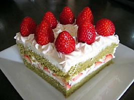 ひし餅ケーキ、のつもり…