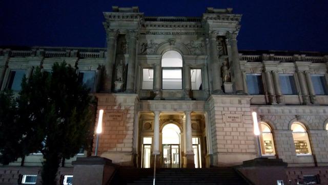 museumF2