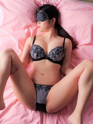 00448275_girlsimage_03