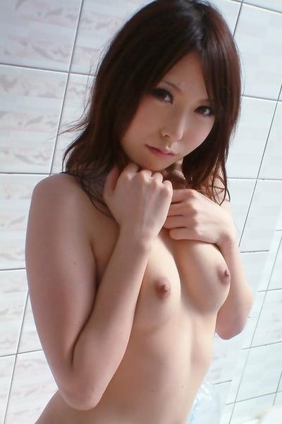 chika001