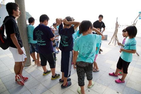 ウミガメ隊_ゴミ拾い_2014-07-30 07-30-13