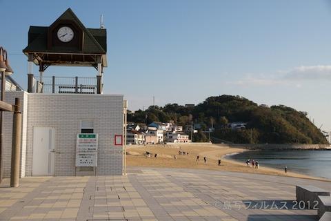 ウミガメ隊_早朝清掃_篠島小学校_2012-11-06 07-40-35