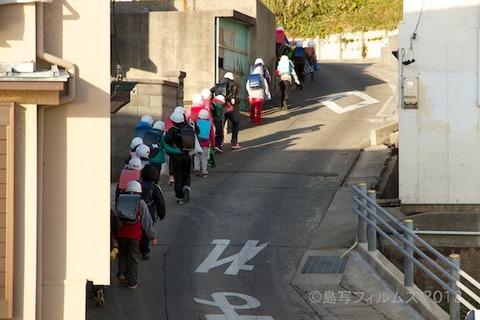 ウミガメ隊_早朝清掃_篠島小学校_2012-12-05 07-54-48