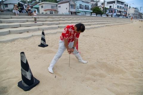 ウミガメ隊_産卵_2014-07-30 15-33-50