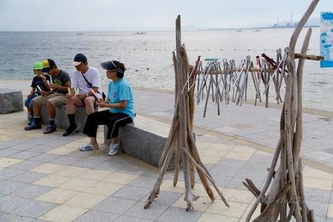 ウミガメ隊_ゴミ拾い_2014-08-31 08-05-39