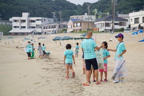 ウミガメ_篠島_前浜_2014-07-23 07-42-44