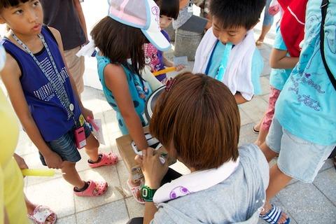 ウミガメ隊_ゴミ拾い_前浜_2013-08-14 08-05-45
