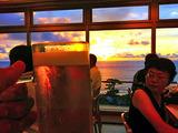 御蔵島の夕焼けとビール