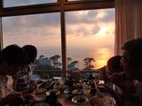 御蔵島の夕焼けディナー