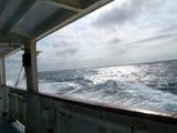 東京へ向けて船は走る