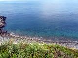 青い御蔵島の海