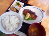カツオの味噌焼き定食