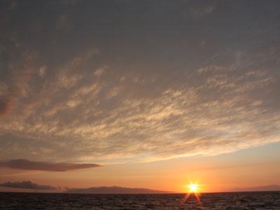 大島と夕焼け