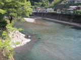 村所発電所の放水口より下流