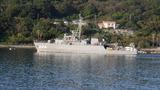 日向灘の沖合で掃海訓練中の船 (3)