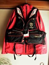 釣研のライフジャケット (1)