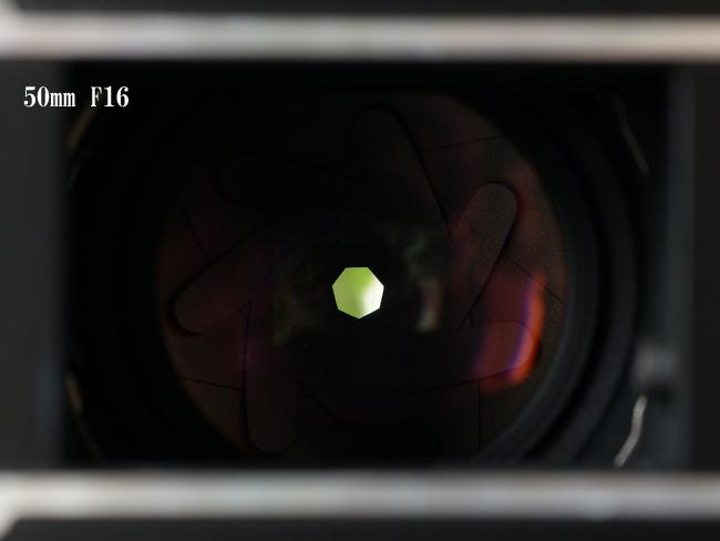 50mm F16