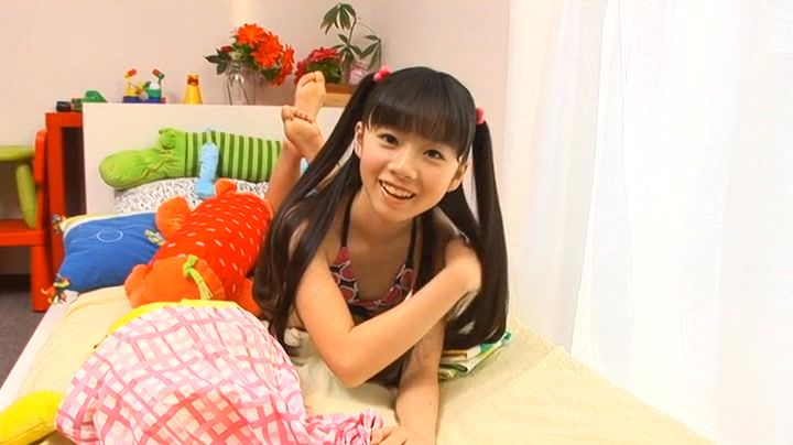 ジュニアアイドル・葉月らんちゃんの「たっぷり Part3」