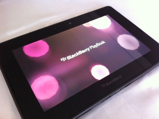 wpid-blackberry-playbook-mobilesyrup