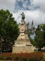 誰かの銅像