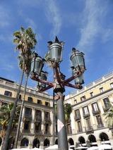 ガウディが若い頃にデザインしたという瓦斯燈