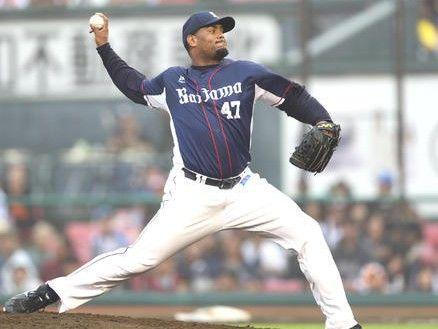 【西武】カスティーヨ、右肘検査の為帰国