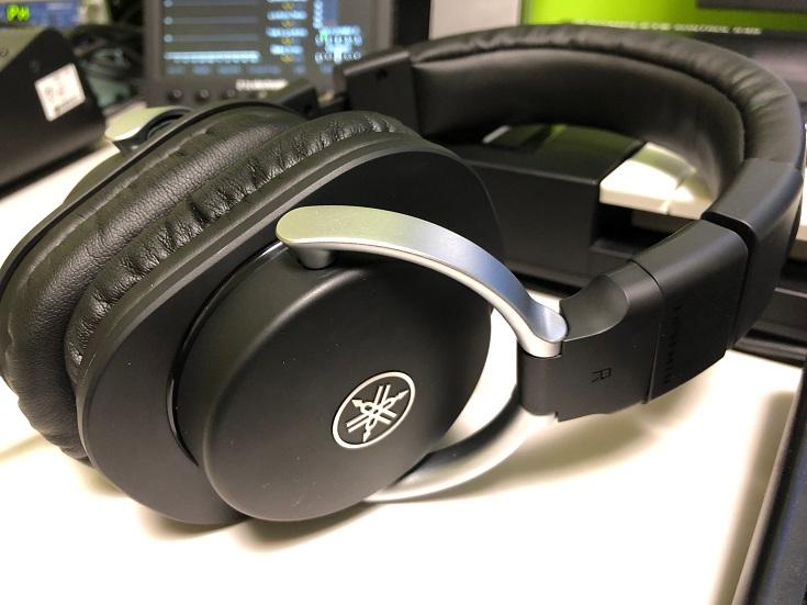 歪みのない自然な音を鳴らすリファレンスモニターヘッドフォン、YAMAHA「HPH-MT8」レビュー