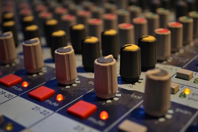 audio-9066_640