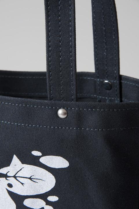 帆布バッグ縫製アップ