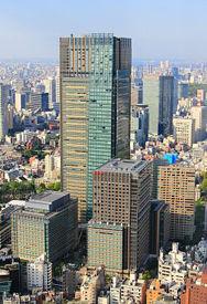 250px-Tokyo_Midtown_2