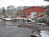 倉庫前の風景