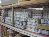 ddとwdの缶フードの山