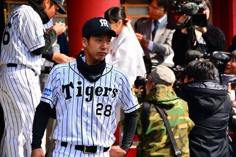 ⑧新入団小野投手DSC_2113-15