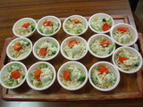 試食サラダ