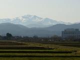 朝日を浴びての白山0228