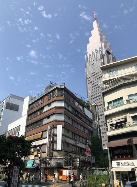yoyogikaikan02
