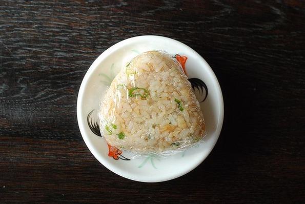 8.21たぬき(ネギ、揚げ玉、めんつゆ)