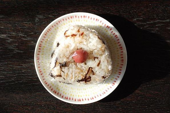 9.3塩昆布、胡麻、カリカリ梅