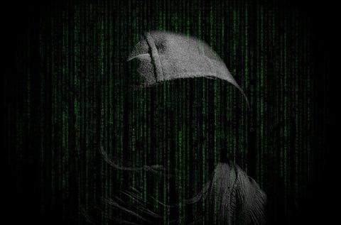 hacker-3480124_640
