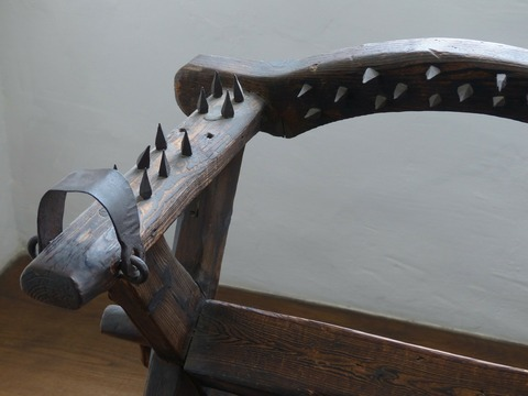 torture-chair-122860_1280