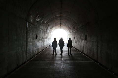 tunnel-2879921_960_720