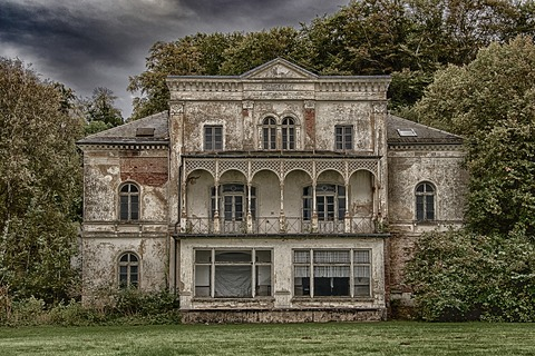 lost-places-2759275_1280