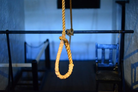 suicide-2347543_1280