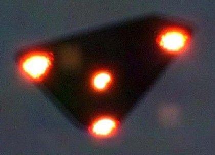 ipad-art-wide-UFO_BELGIUM1-420x0