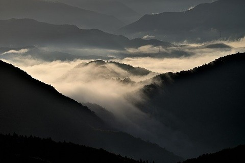 sea-of-clouds-4646744_640