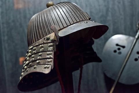 helmet-3735434_1280