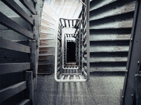 stairs-819372_640