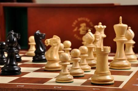 grandmaster-chess-set