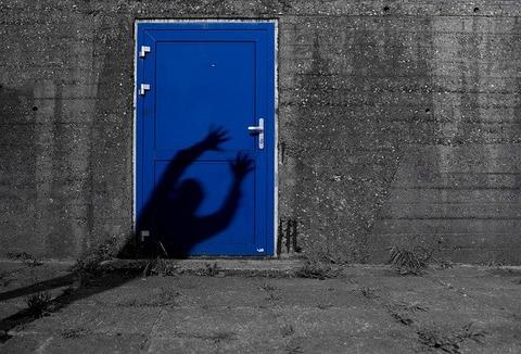 blue-1593878_640